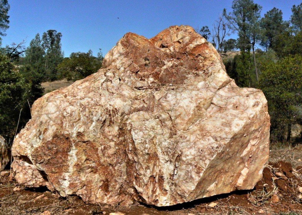 Landscape quartz crystals for Landscaping rocks quartz